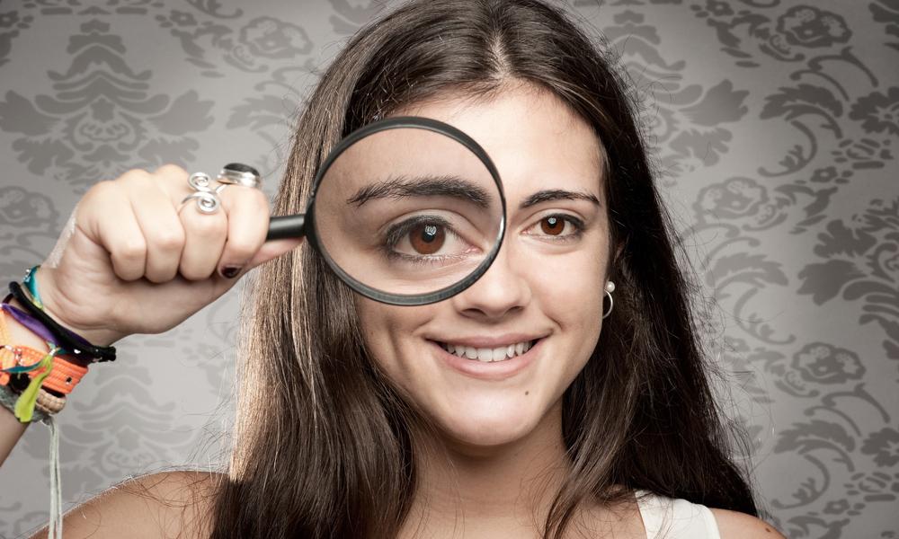 Vergrößernde Sehhilfe1